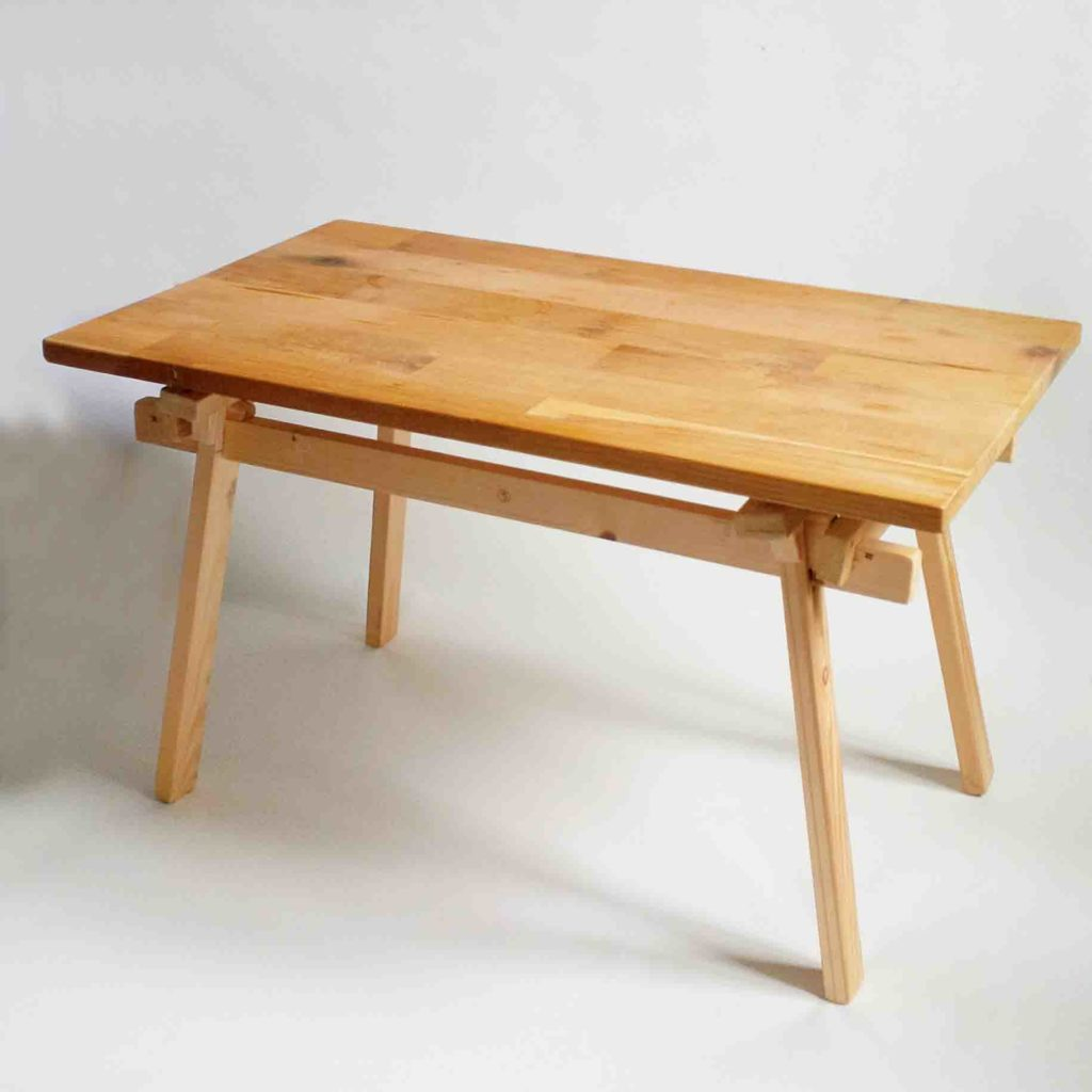 Table assemblage nipponseisme proof